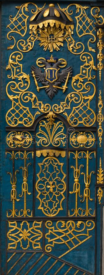 Vecchia porta blu di legno immagine stock libera da diritti