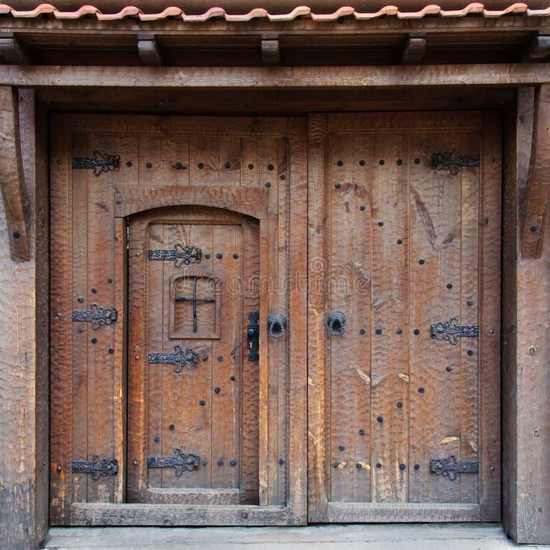 Vecchia porta bulgara tradizionale fotografia stock