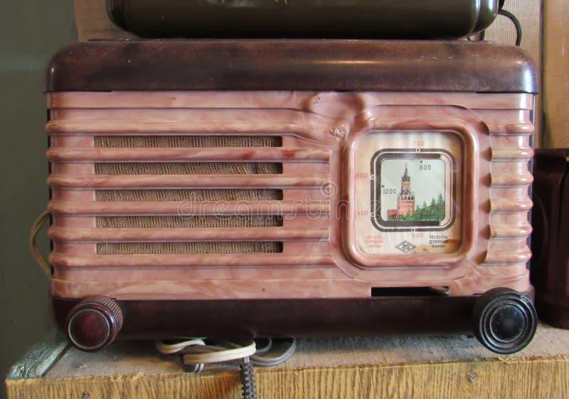 Vecchia radio ai musei fotografia stock