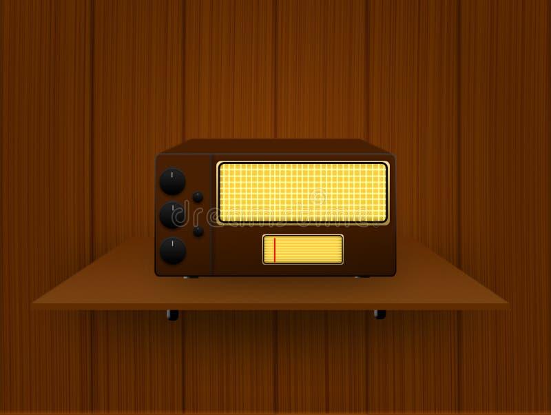 Vecchia radio su un fondo di legno immagine stock