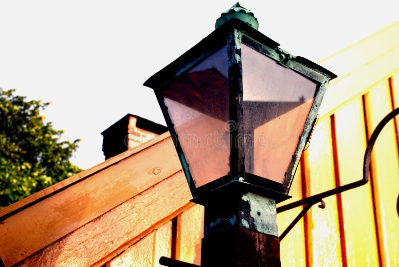 Vecchia, retro iluminazione pubblica fotografia stock libera da diritti