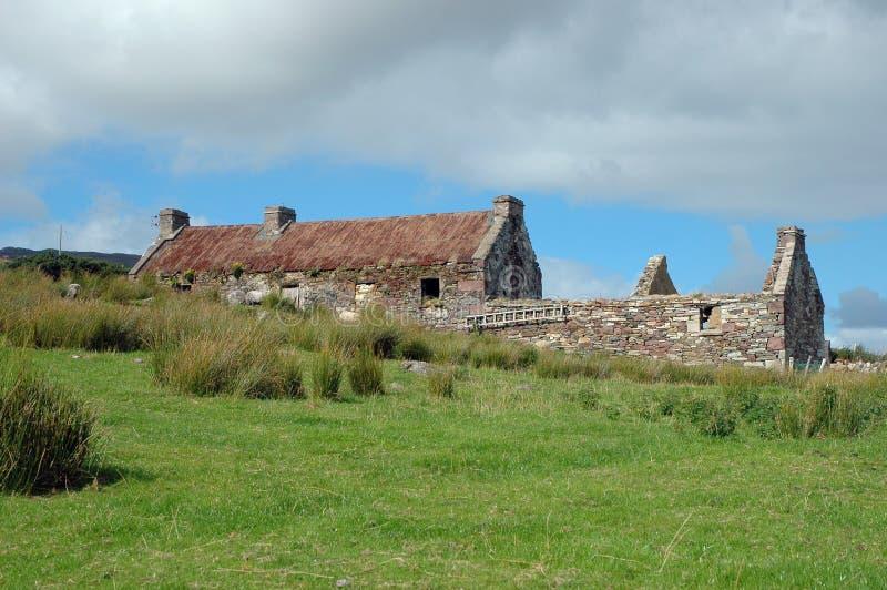 Vecchia rovina irlandese del cottage immagini stock libere da diritti