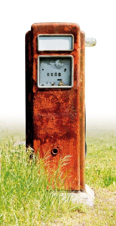 Vecchia ruggine della pompa della benzina fotografia stock