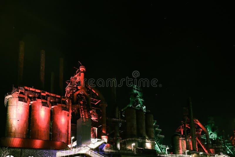 Vecchia scena abbandonata di notte della pianta di Bethlehem Steel dell'acciaieria fotografia stock