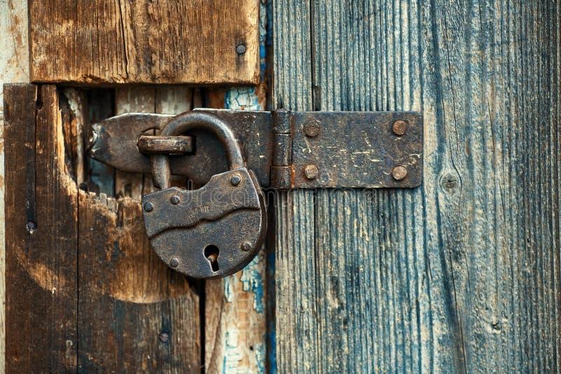 Vecchia serratura rotonda fotografia stock libera da diritti