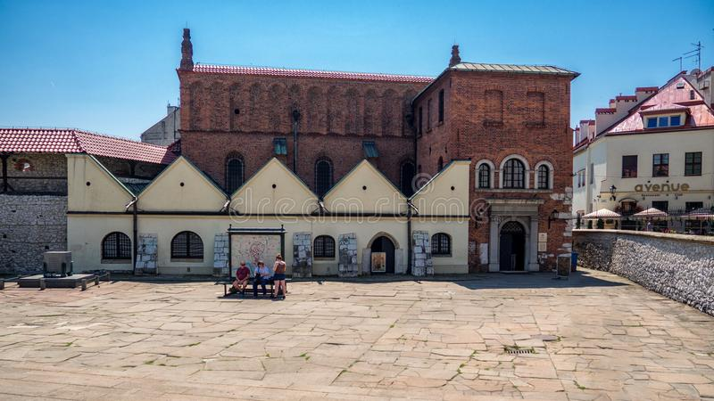 Vecchia sinagoga nel Kazimierz storico, vecchio distretto ebreo a Cracovia fotografie stock