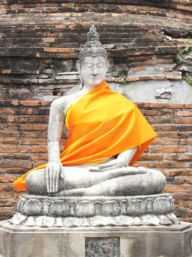Vecchia statua di Buddha di meditazione fotografie stock