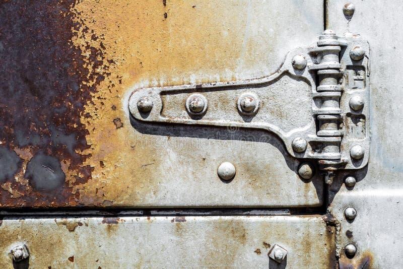 Vecchia struttura d'argento arrugginita del fondo del metallo fotografia stock
