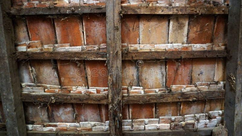 Vecchia struttura delle mattonelle del ranch immagini stock