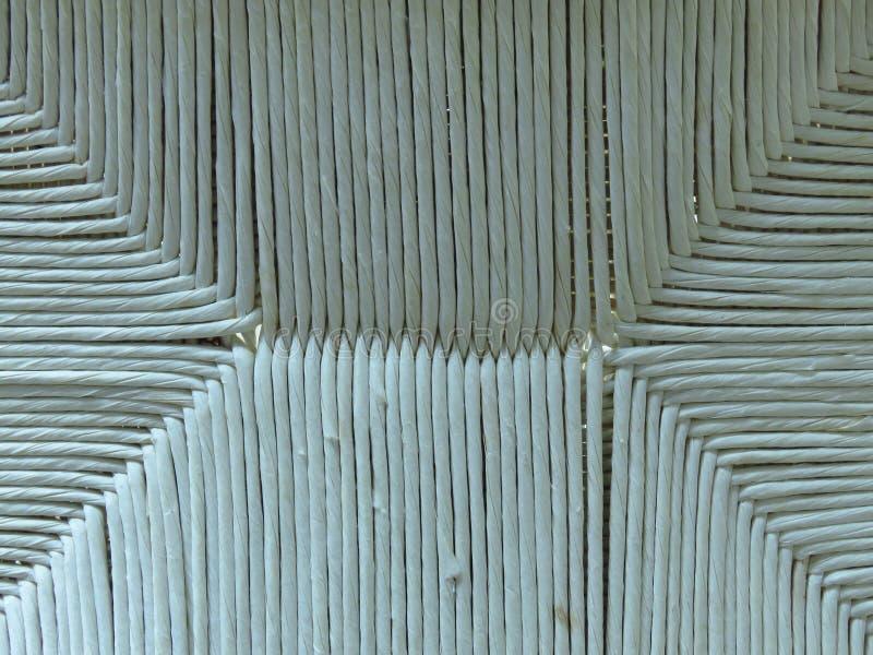 Vecchia struttura di bambù tessuta della canna di bianco grigio per fondo fotografia stock