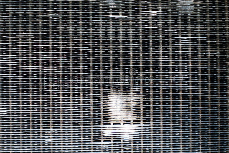 vecchia stufa automobilistica arrugginita del radiatore immagini stock libere da diritti