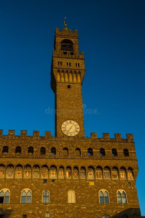 Vecchia torre di orologio del palazzo, Florence Italy immagini stock libere da diritti