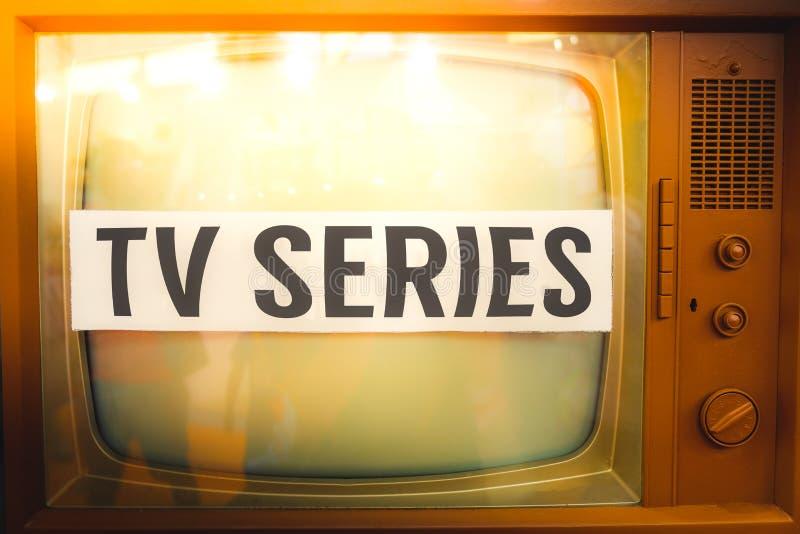 Vecchia TV annata dell'etichetta di serie televisiva immagini stock libere da diritti
