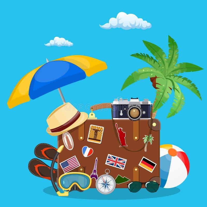 Vecchia valigia d'annata di viaggio royalty illustrazione gratis