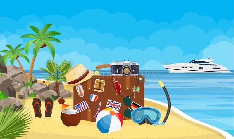 Vecchia valigia d'annata di viaggio sulla spiaggia illustrazione vettoriale