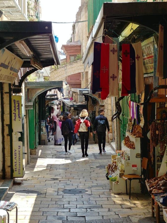 Vecchia via del makret di Gerusalemme fotografia stock