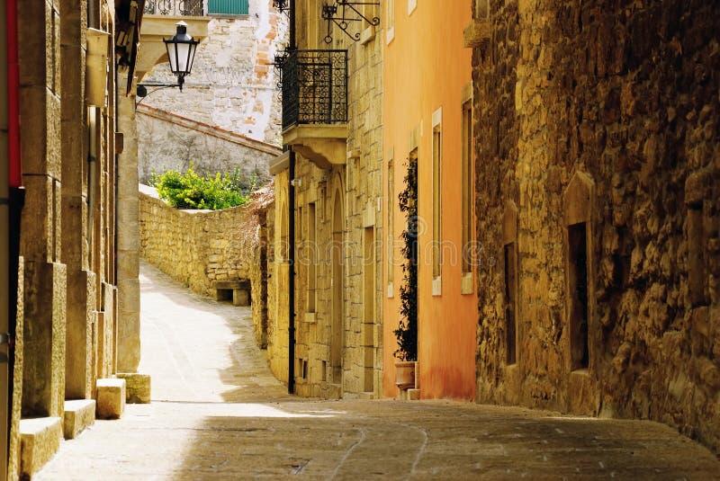 Vecchia via del San Marino fotografie stock libere da diritti