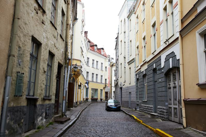 Vecchia via di Tallinn Estonia fotografie stock