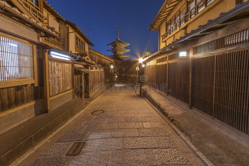 Vecchia via a Kyoto, Giappone fotografia stock libera da diritti