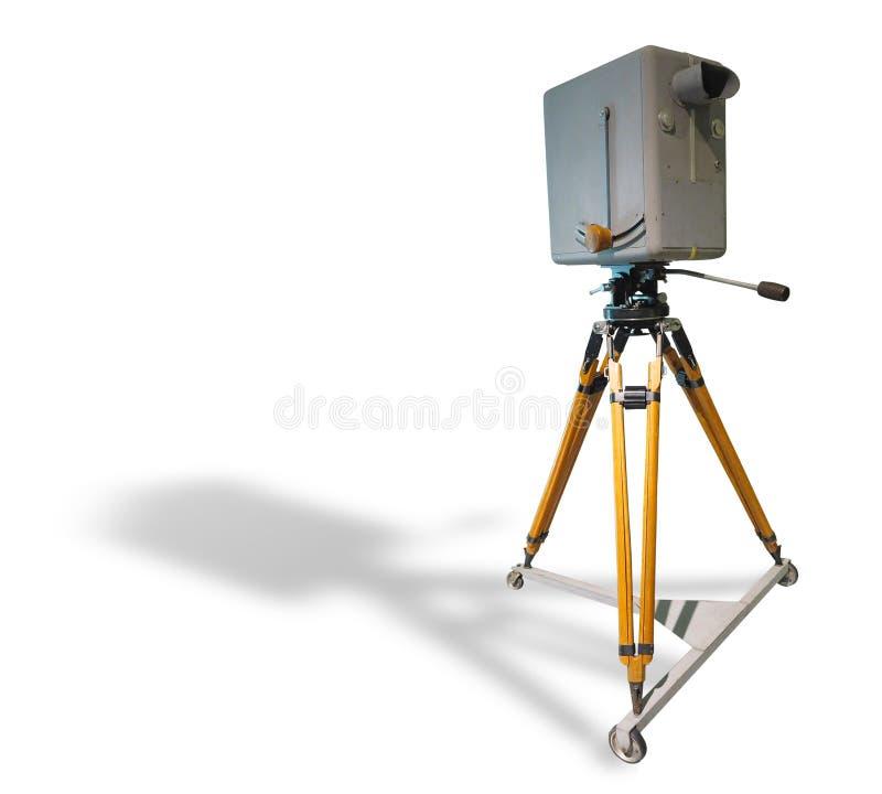Vecchia videocamera del retro studio professionale antico della TV sul treppiede fotografia stock libera da diritti