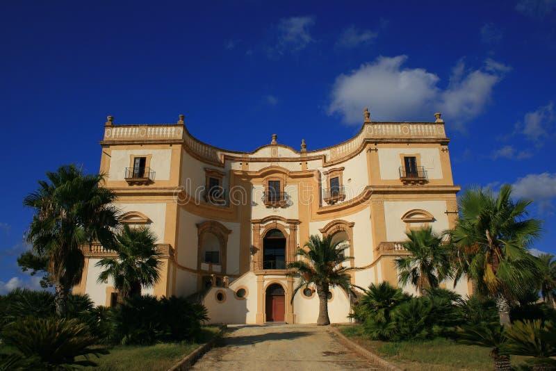 Vecchia villa siciliana fotografia stock
