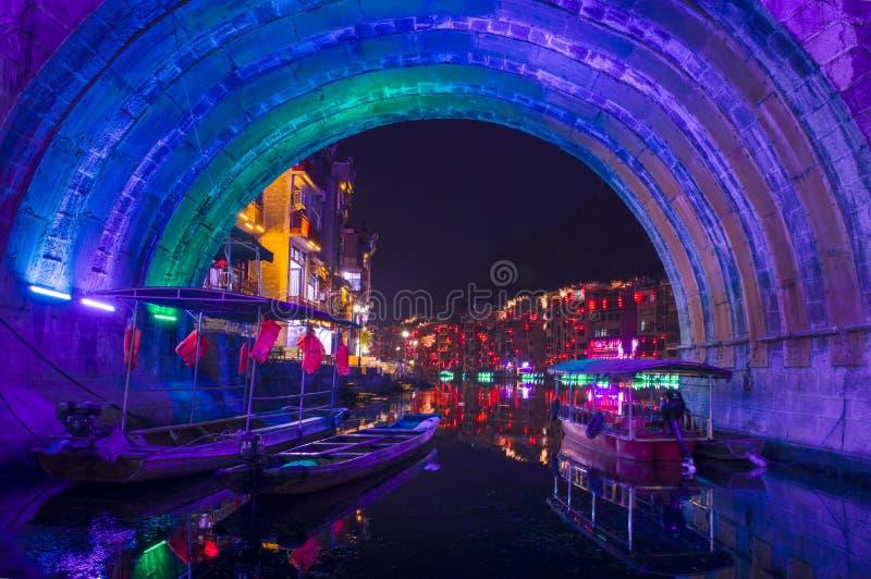 Vecchia vista 27 di notte della città di Zhenyuan immagini stock libere da diritti