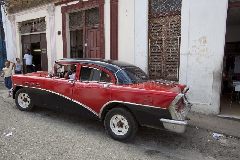 Vecchie automobili cubane fotografie stock