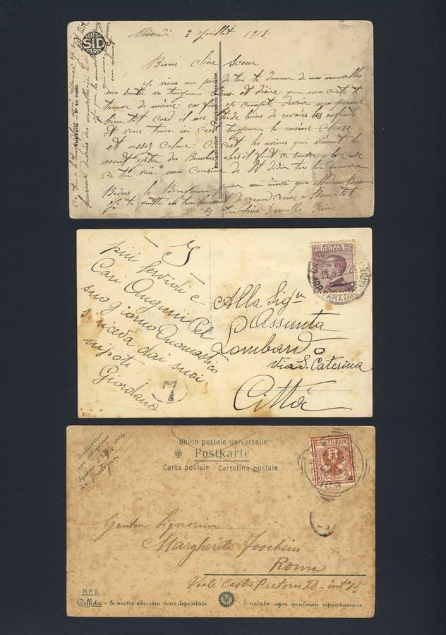 Vecchie cartoline scritte macchiate fotografia stock libera da diritti