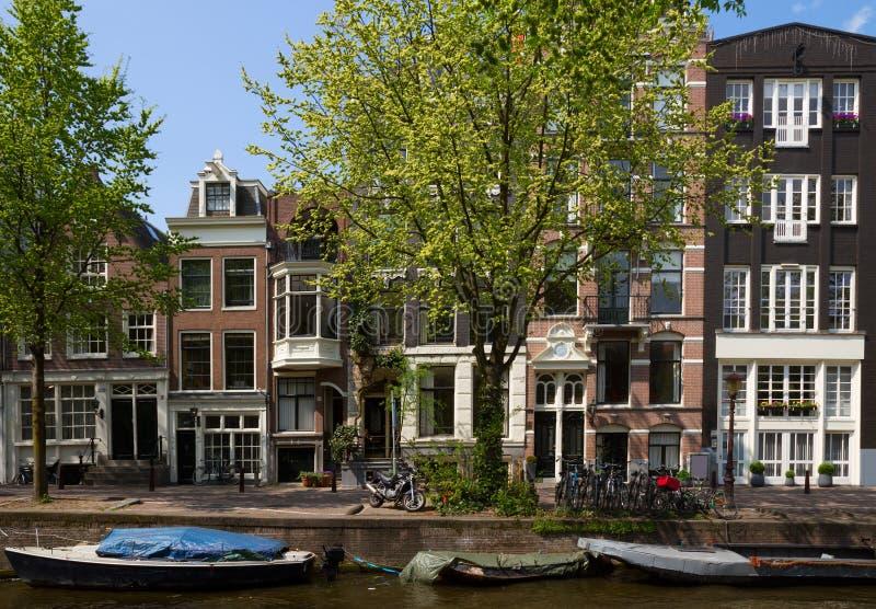 Vecchie case a Amsterdam fotografia stock