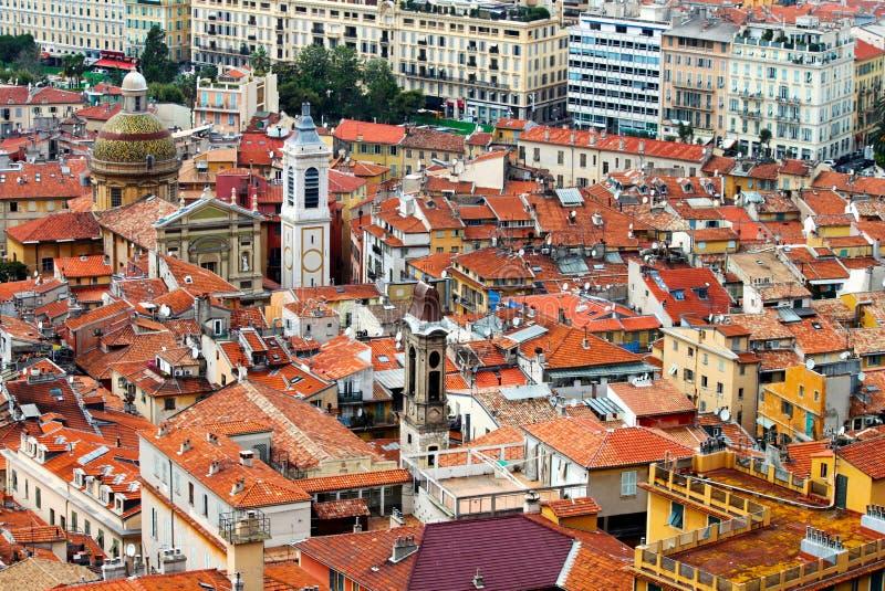 Vecchie case di città in Nizza, Francia, da sopra fotografie stock libere da diritti