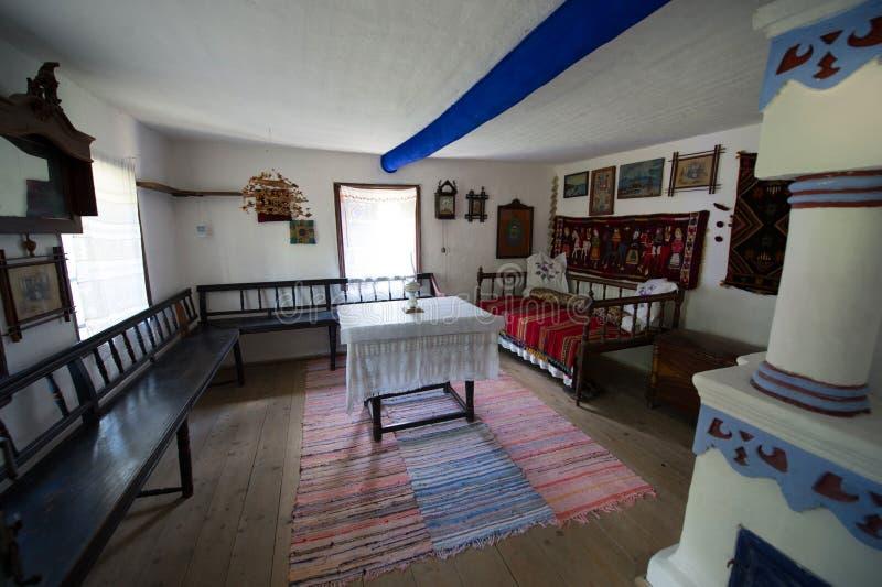 Vecchie case tradizionali immagine editoriale immagine di for Case tradizionali