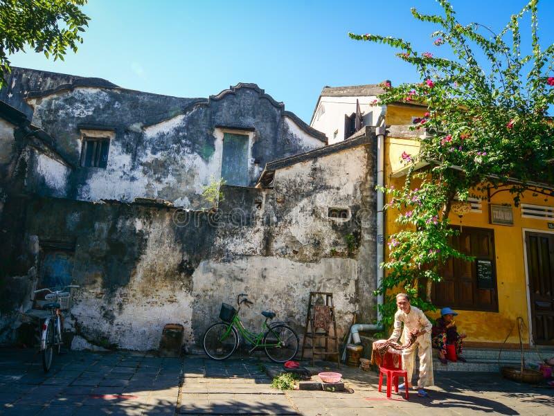 Vecchie costruzioni nella citt? antica di Hoi An, Vietnam fotografie stock libere da diritti