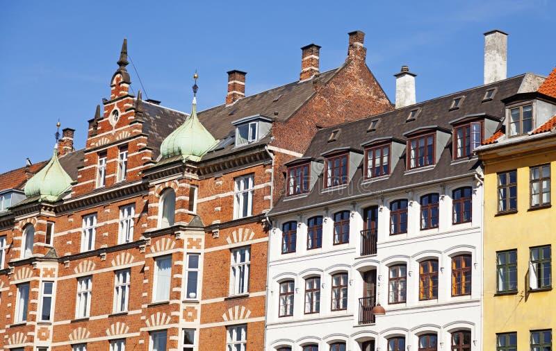 Vecchie facciate della casa a Copenhaghen immagini stock libere da diritti