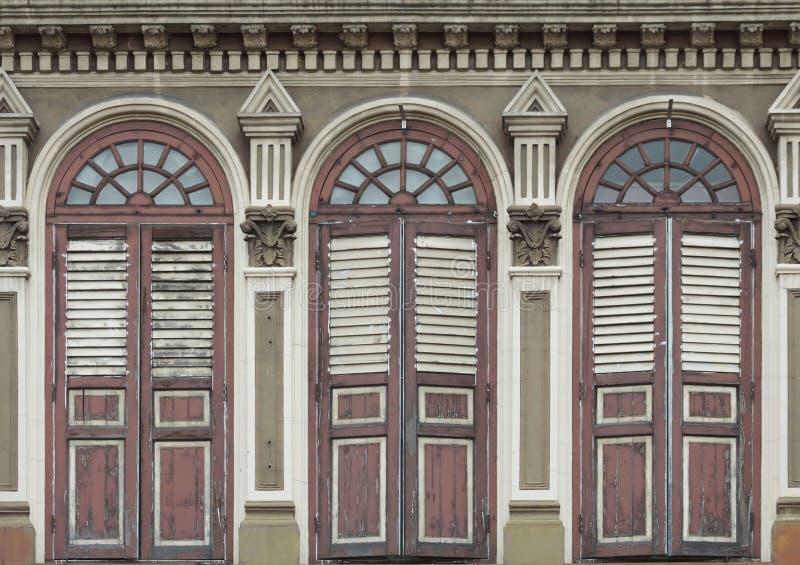 Vecchie finestre Chino-portoghesi fotografie stock libere da diritti