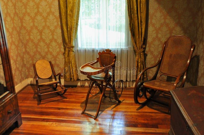 Vecchie mobilie al museo tedesco storico del Valdivia, Cile fotografie stock libere da diritti
