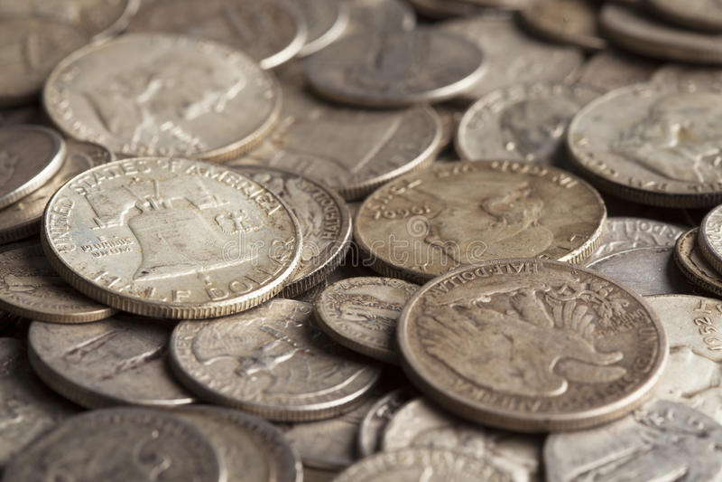 Vecchie monete d'argento fotografia stock