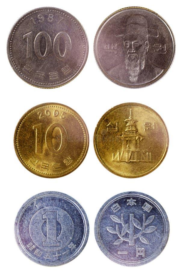 Vecchie monete giapponesi differenti fotografia stock libera da diritti