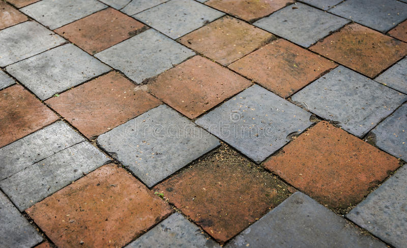 Vecchie piastrelle per pavimento immagine stock immagine - Pitturare piastrelle vecchie ...