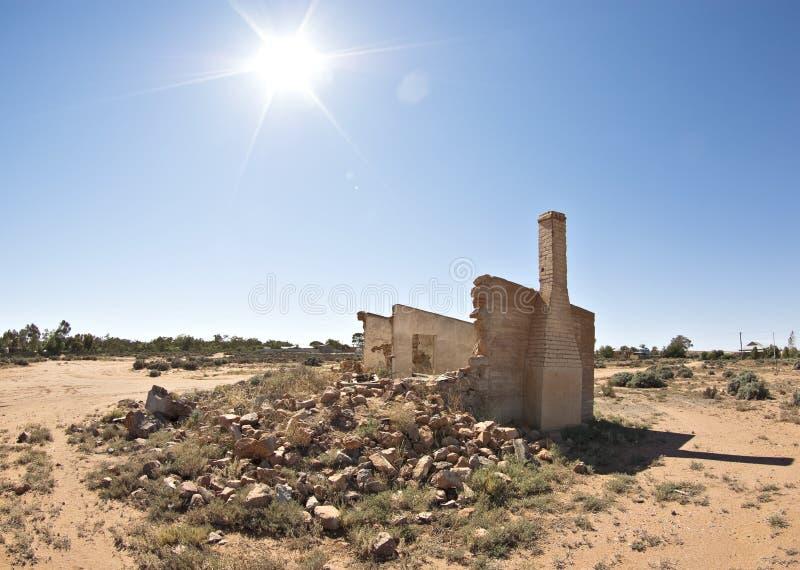 Vecchie rovine e macerie al sole immagini stock libere da diritti