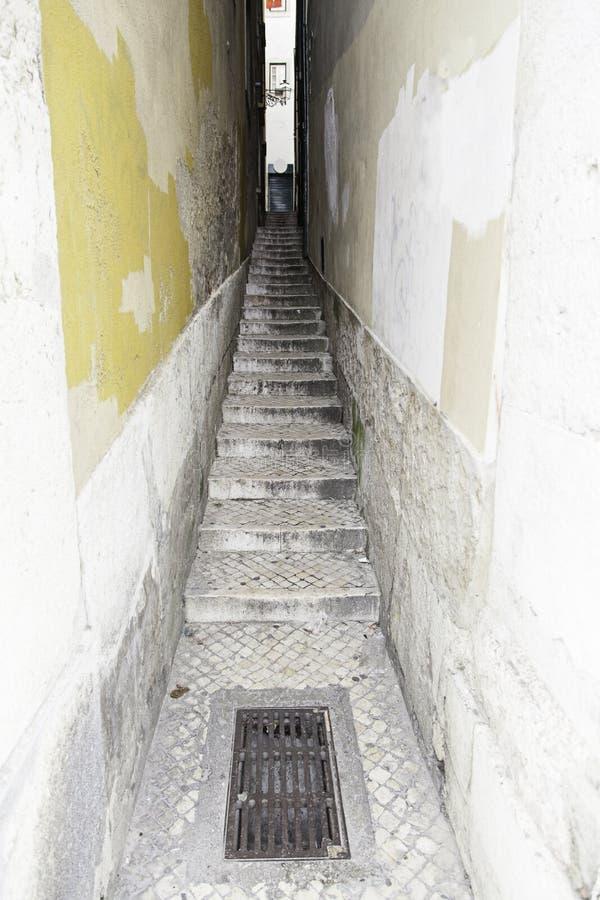 Vecchie scale a Lisbona immagine stock libera da diritti