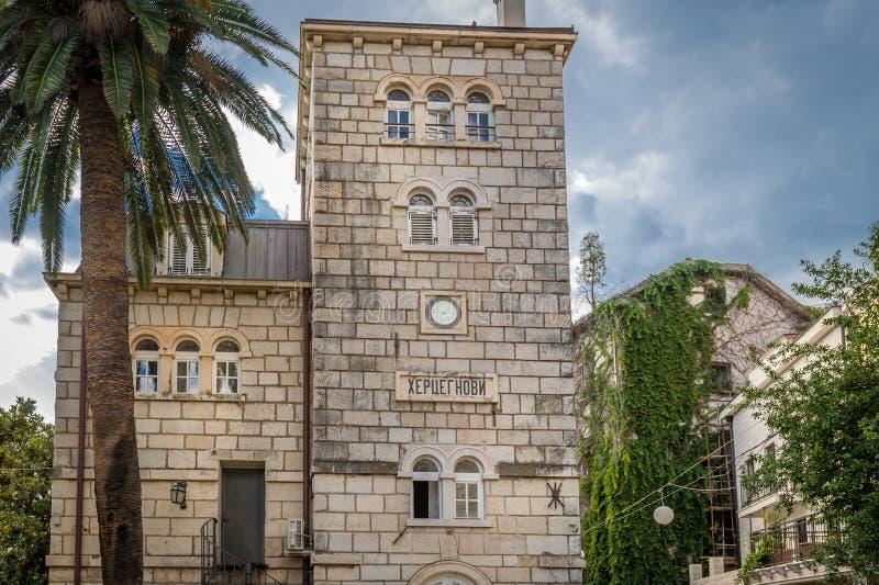 Vecchie viste della città di Castelnuovo immagini stock