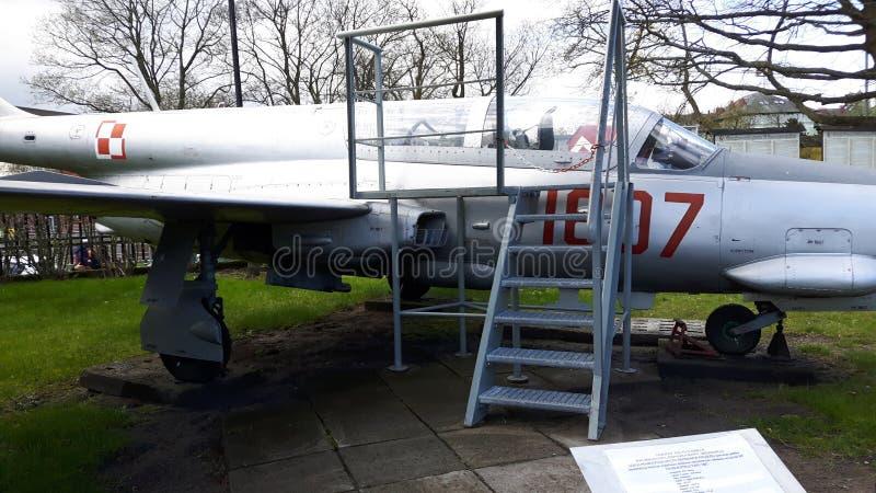 Vecchio aereo da caccia immagine stock libera da diritti