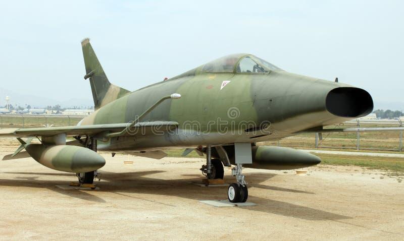Vecchio aereo di combattimento immagini stock