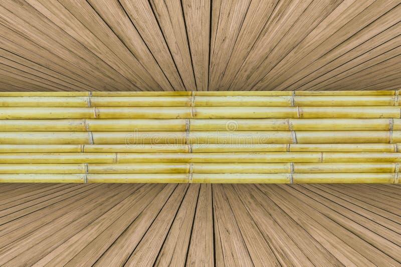 Vecchio bambù con il fondo della cassa di legno di pino fotografia stock libera da diritti
