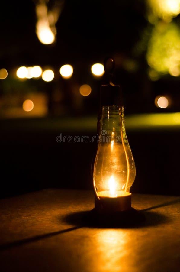 Vecchio bokeh classico della lanterna immagine stock libera da diritti
