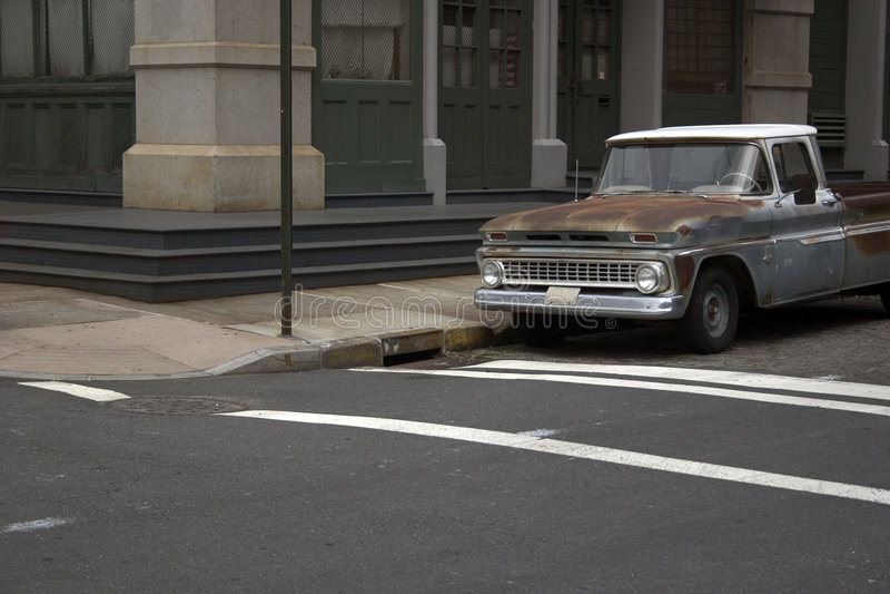 Vecchio camion in NYC immagine stock