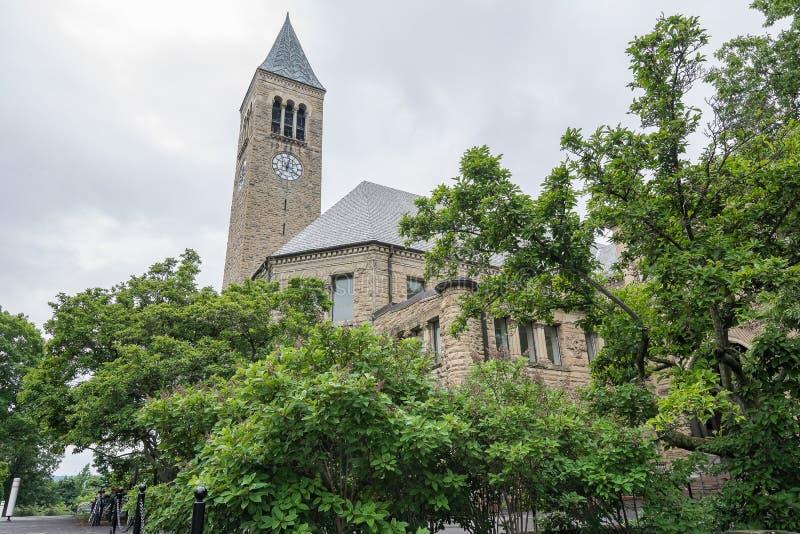Vecchio campanile a Cornell University immagine stock