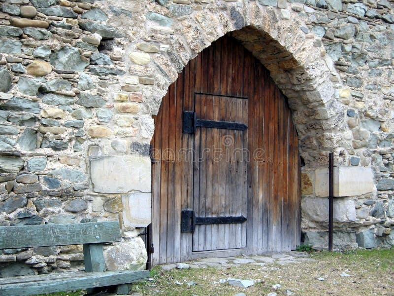 Vecchio cancello del castello fotografie stock libere da diritti