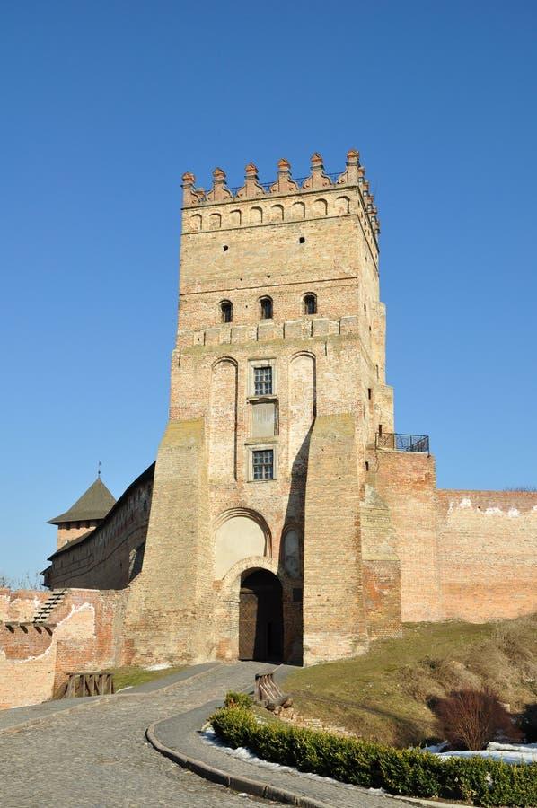 Vecchio castello in città Lutsk immagini stock