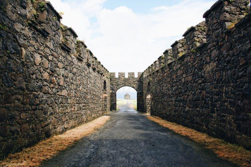 Vecchio castello in Irlanda del Nord immagini stock